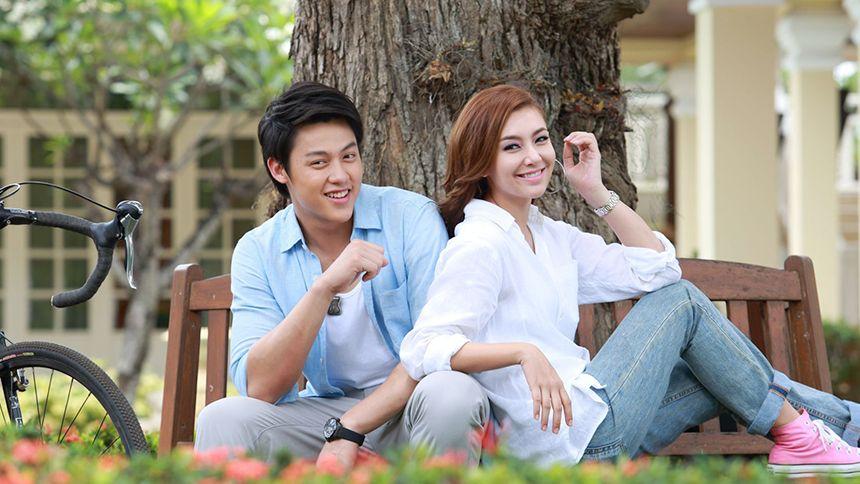 ดูละครย้อนหลัง ภพรัก (Rerun)